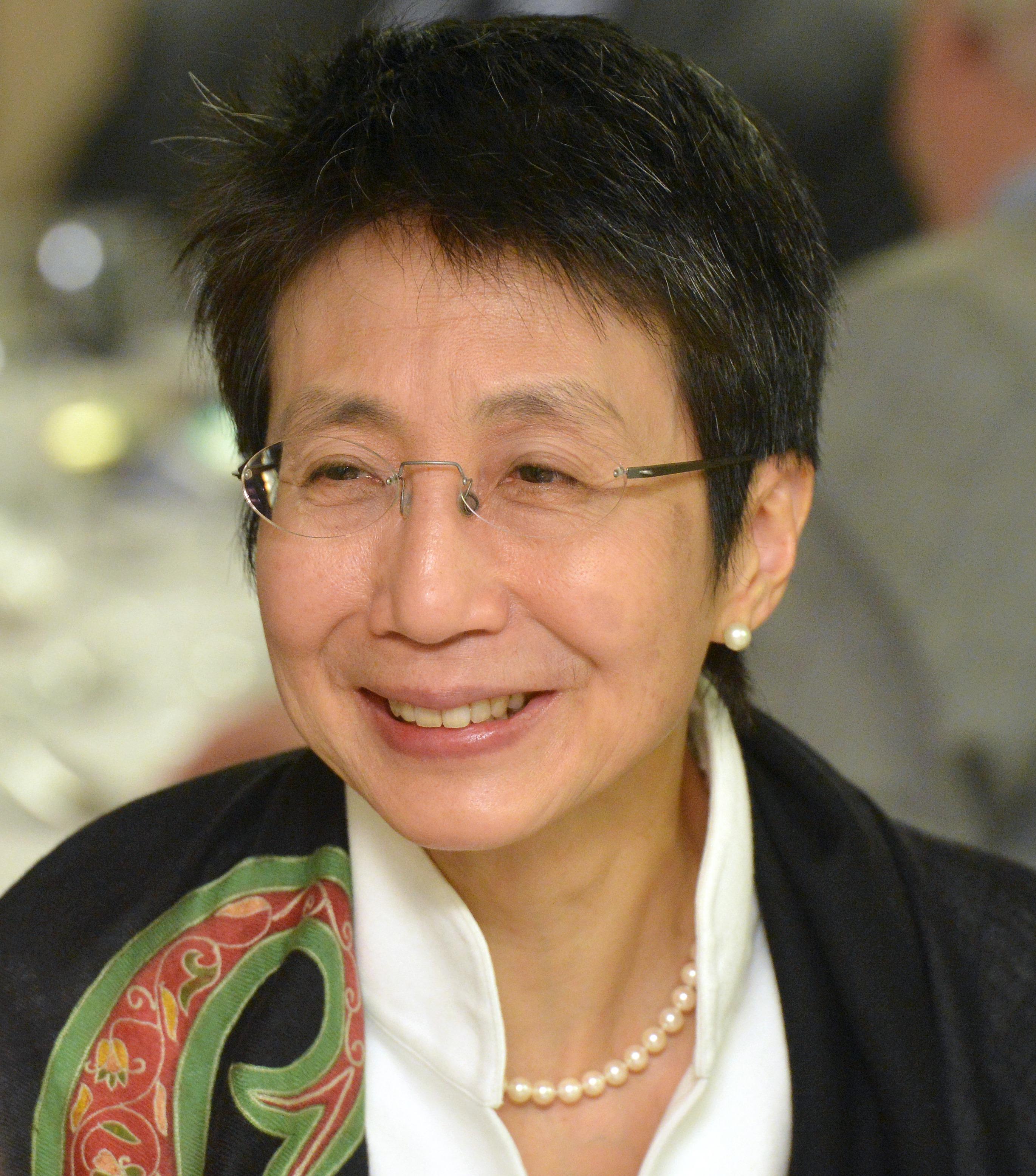 Dr. Helen F. Siu